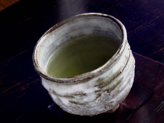 萩焼湯のみ茶碗(けずり白がけ湯呑み)