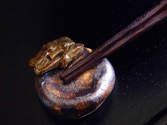 柿の箸置き(陶器の箸おき)
